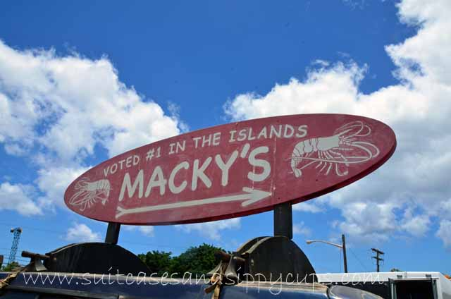 This way to Macky's Shrimp Truck