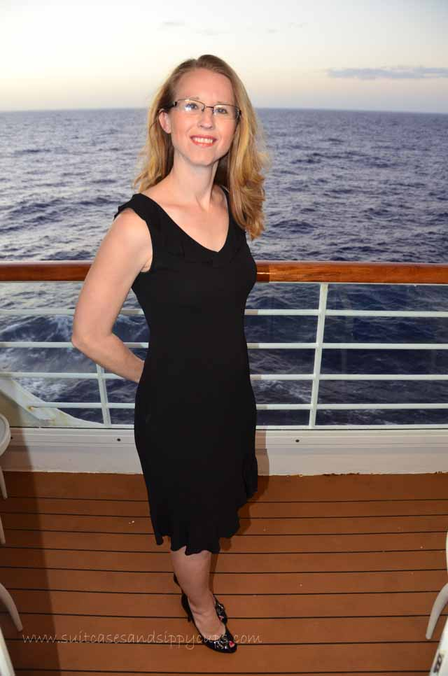 What Should I Wear On a Cruise~A Guide for a (Semi) Fashionable ...