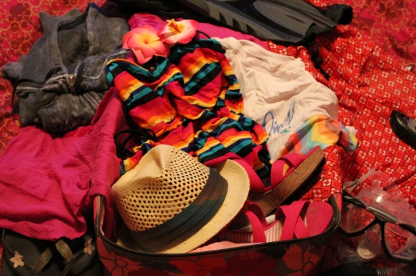 hawaii what's in my suitcase