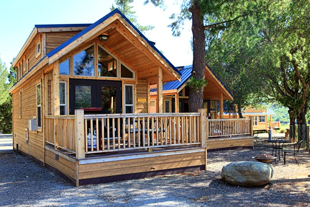Easy family camping at ventura ranch koa near los angeles for Cabins near los angeles